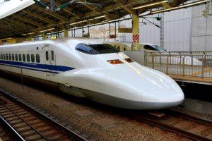 家族旅行 新幹線