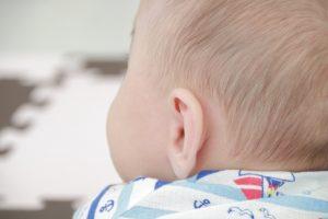 赤ちゃん 飛行機 耳抜き