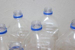 寝返り防止クッション作り方:ペットボトル