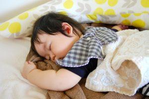 うつ伏せ寝の危険性