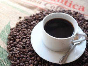 スタバのカフェインはどうやって取り除かれてるの?