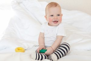 一人遊びの時間を赤ちゃんは満喫してる?